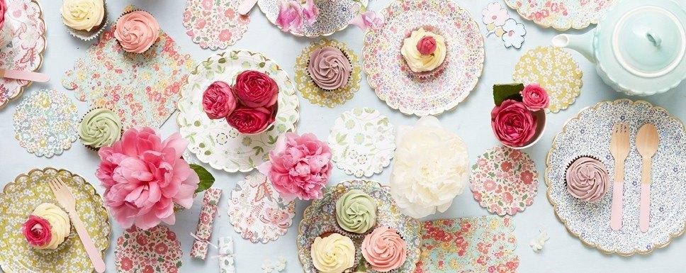 Ideas decoración para comuniones flores Liberty