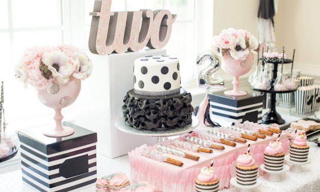 Cumpleaños Minnie Mouse en rosa, negro y plateado
